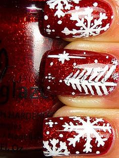 Christmas nail design...this one would be hot mess if I tried it myself. ha!