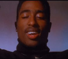 Tupac as Bishop in Juice Tupac Shakur, Tupac Smile, Tupac Videos, 2pac Makaveli, Tupac Art, Tupac Pictures, Tupac Quotes, Arte Hip Hop, Gorgeous Black Men
