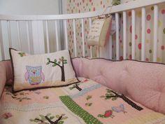 Quarto bebê | Berço | Rosa | Colcha em pachwork | marcelasantiago.com.br