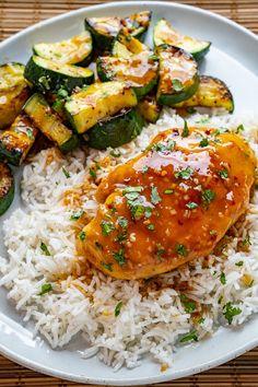 Honey Garlic Chicken Best Chinese Food, Winner Winner Chicken Dinner, Honey Garlic Chicken, Cooking Recipes, Healthy Recipes, Garlic Sauce, Chicken Recipes, Meals, Dinners