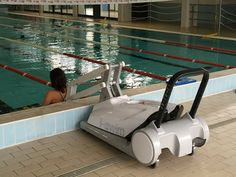 I-Swim 2 Portable User Operated Pool Lift