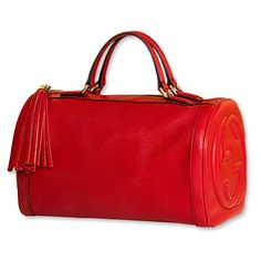 Everyone need a red bag, like you need a black skirt. Red stands alone and screams out classy, classy woman.