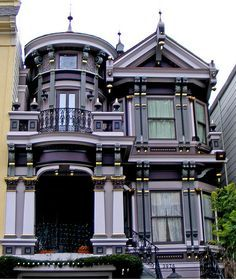 Queen Anne with Classical Revival detailing