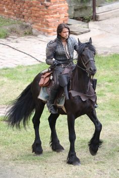 The Musketeers - Series III BtS filming (D'Artagnan)