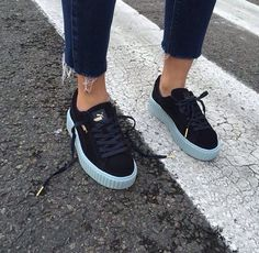 Puma Creepers by Rihanna Sock Shoes, Cute Shoes, Me Too Shoes, Shoe Boots, Sneakers Mode, Puma Sneakers, Shoes Sneakers, Black Sneakers, Ladies Sneakers