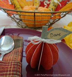 Free printable 3D pumpkin decorations or placecards from PartyPlanningCenter.Blogspot.com