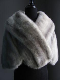 $670 - Ultimate Luxury Gift Or Wedding Bridal Accessories/ Hollywood Starlet Silver Blue Azurene Mink Fur Stole /Vintage Cape Wrap Shrug Shawl Grey