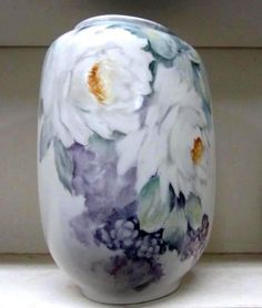 White Rose Wipe Outs Penny Nagel Porcelain Clay, Painted Porcelain, Painted Roses, Hand Painted, Rose Vase, Wipe Out, China Painting, Painting Lessons, White Roses