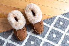 The warm days of summer are behind us, and sweater weather is approaching. Here are 7 ways to cozy up your home for cold weather.