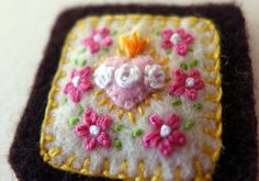 Embroidered Brown Scapular: Immaculate Heart of Mary with Pink Impatiens and Prayer