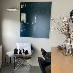 Kunstwerk Barbara van Marle Eames, Flat Screen, Van, Chair, Furniture, Home Decor, Blood Plasma, Decoration Home, Room Decor