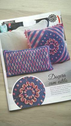 .: Trabalho publicado: Conjunto de almofadas Azul Ser...