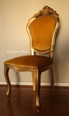 Baroque Accent Chair with metallic finish (gold leaf)