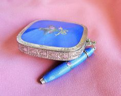 Welcome! I am offering a Lovely Antique Ladys Dance Purse/Compact with a detachable chatelaine propelling pencil. Gorgeous Blue Guilloche