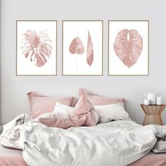 Most current Free of Charge wall decor bedroom posters Strategies Since you are proud home user, it's time to outdoor patio the wall surfaces using skill which demonstrates you. Pink Bedroom Walls, Pink Room, Pink Walls, Blush Bedroom Decor, Blush Pink Bedroom, Wall Art Sets, Wall Art Decor, Bedroom Posters, Frames On Wall