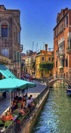 Fondamenta L'Osmarin in Venice, Italy with the Palazzo Priuli at the right!! Loved the Castello Region of Venice! Canal Cafe, Venice, Italy