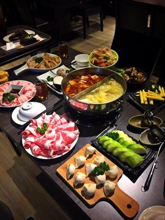 [I ate] Chinese hotpot with friends!