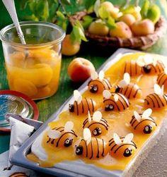 Oreillons d'abricots déguisés en abeilles (Apricots disguised as bees!)