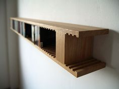 Giraffe CD Rack by HIRASHIMA