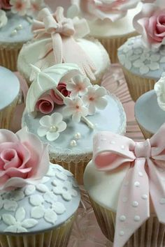361 best Beautiful Wedding Cupcake Ideas images on Pinterest | Pie ...