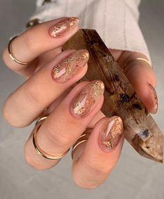 Stylish Nails, Trendy Nails, Cute Nails, Metallic Nails, Acrylic Nails, Spring Nail Art, Luxury Nails, Minimalist Nails, Orange Nails