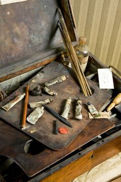 Ingres' Palette and Painting Supplies in the Musée Ingres [+]
