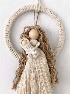 Macrame Design, Macrame Art, Macrame Projects, Cotton Crafts, Yarn Crafts, Yarn Dolls, Paper Bead Jewelry, Rope Art, Fun Arts And Crafts