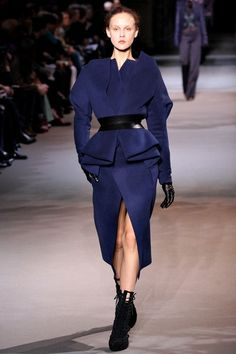 http://www.vogue.com/fashion-shows/fall-2012-ready-to-wear/haider-ackermann/slideshow/collection