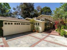 MiamiPropertiesByEnrique: Vince Vaughn Buys Kate Bosworth's Home