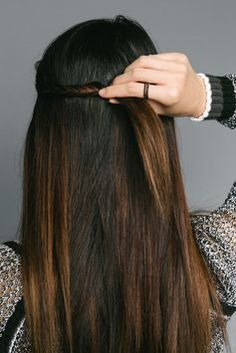 5 easy ways to wear your hair at work. #hair #beauty