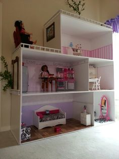 American girl dollhouse I made for my granddaughter, without any floorplans. Casa American Girl, American Girl Storage, American Doll House, American Girl Crafts, American Girl Clothes, American Girls, American Life, Diy Furniture Plans, Doll Furniture