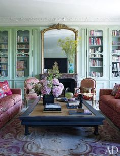 Anne McNally's Paris apartment designed by Jacques Garcia Architectural Digest. - Architecture and Home Decor - Bedroom - Bathroom - Kitchen And Living Room Interior Design Decorating Ideas - Paris Living Rooms, Living Room Small, Beautiful Living Rooms, Living Spaces, Beautiful Interiors, Architectural Digest, Boho Apartment, French Apartment, Apartment Living