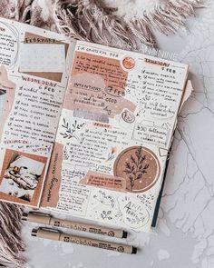 Art Journal Pages, Album Journal, Bullet Journal Notebook, Bullet Journal Inspo, Scrapbook Journal, Bullet Journal Ideas Pages, Journal Layout, Journal Prompts, Art Journals