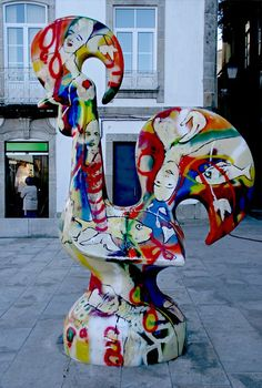 The international Barcelos rooster and its legend...Gaudi paintings