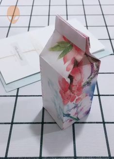 10 Amazing And Clever Origami Ideas - DIY Tutorials Videos Diy Origami, Origami Candy, Paper Crafts Origami, Oragami, Art And Craft Videos, Art N Craft, Diy Home Crafts, Diy Arts And Crafts, Origami Techniques
