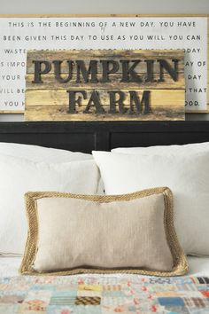 This is one fall project you can definitely make yourself! This DIY pumpkin farm pallet sign will infuse a little farmhouse decor into your home! See more on http://ablissfulnest.com/ #falldecor #pumpkinideas #palletsign #falldecorations