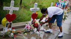 オーランド、フロリダ州にあるナイトクラブの撮影の犠牲者のための記念館があります。