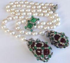 RARE Vintage Haute Couture Chanel Baroque Pearl Gripoix Glass Lariat Necklace | eBay