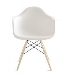 Molded Plastic Dowel Leg Armchair - Eames