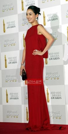 Lee So Yeon, Korean Beauty, Awards, Formal Dresses, Fashion, Dresses For Formal, Moda, Formal Gowns, Fashion Styles