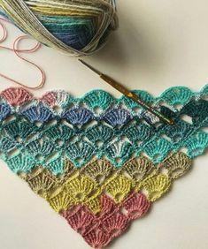 Crochet Kids Scarf, Crochet Girls, Crochet Baby, Free Crochet, Crochet Ripple, Crochet Poncho Patterns, Moda Emo, Crochet Projects, Crochet Necklace