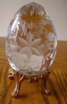 --gasp!-- What a Gorgeous Egg!! - lead crystal, mouth-blown, handcut decorative egg with goldtone stand.