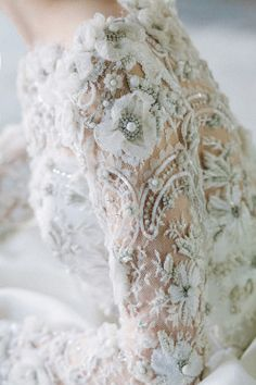 Ana Rosa: Lace top