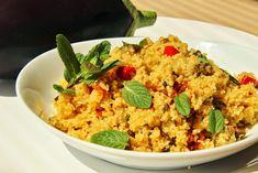 Pikantní kuskus s lilkem a hlívou - myTaste. Jambalaya, Vegetable Recipes, Fried Rice, Quinoa, Risotto, Grains, Vegetables, Ethnic Recipes, Fitness