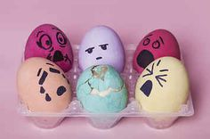 21 Easter-Themed DIY Fails That Have Some Eggsplaining To Do
