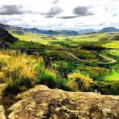 Just a stone's throw from Clarens is the Golden Gate Mountain Trails, Rock Pools, Countries Of The World, Hiking Trails, Golden Gate, South Africa, Pastorale, National Parks, Landscapes