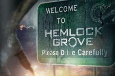 Preview: Hemlock Grove – A Última Esperança dos Licantropos  http://nerdpride.com.br/seriados/preview-hemlock-grove-a-ultima-esperanca-dos-licantropos/    Hemlock Grove, nova série exclusiva da Netflix, impressiona com trailers viscerais, trazendo muita brutalidade, sensualidade, intrigas, e lobisomens
