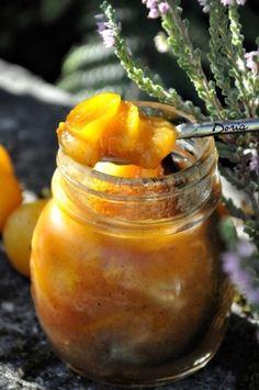 Confiture de mirabelles et poires aux épices