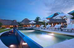 Located in Ambergris Caye, Victoria House is an award winning luxurious Belize resort. Your escape for a relaxing Belize vacation! Belize Hotels, Belize Vacations, Caribbean Vacations, Beach Vacations, Luxury Beach Resorts, Best Resorts, Hotels And Resorts, Marriott Hotels, Belize Honeymoon