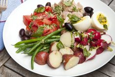 Niçoise Salad With Basil and Anchovy-Lemon Vinaigrette Recipe - NYT Cooking